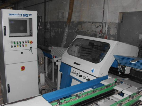Cut-off Saw for Optimized Cutting and Defecting OMGA T 2005 OPT - SOLD